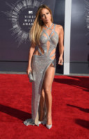 Jennifer Lopez - Inglewood - 24-08-2014 - MTV Video Music Awards 2014: Beyoncé sul red carpet senza Jay-Z
