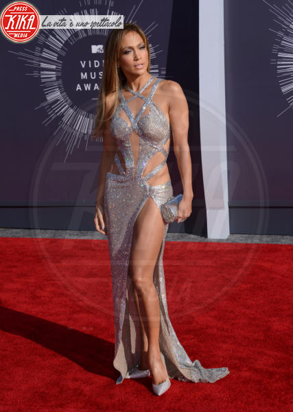 Jennifer Lopez - Inglewood - 25-08-2014 - Le star che sanno osare: sensualità over 50 sul red carpet