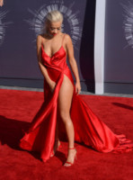 Rita Ora - Inglewood - 25-08-2014 - MTV Video Music Awards 2014: Beyoncé sul red carpet senza Jay-Z