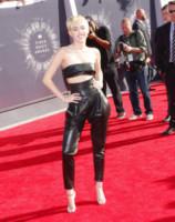 Miley Cyrus - Los Angeles - 24-08-2014 - Vade retro abito: La rivincita del lato B!