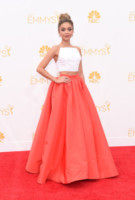 Sarah Hyland - Los Angeles - 25-08-2014 - Emmy Awards 2014: la kermesse regala un red carpet extra lusso
