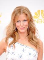 Anna Gunn - Los Angeles - 26-08-2014 - Emmy Awards 2014: la kermesse regala un red carpet extra lusso