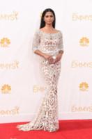 Camila Alves - Los Angeles - 25-08-2014 - Emmy Awards 2014: la kermesse regala un red carpet extra lusso