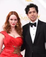 Geoffrey Arend, Christina Hendricks - Los Angeles - 25-08-2014 - Emmy Awards 2014: la kermesse regala un red carpet extra lusso