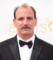 Nick Sandow - Los Angeles - 25-08-2014 - Emmy Awards 2014: la kermesse regala un red carpet extra lusso