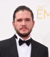 Kit Harington - Los Angeles - 25-08-2014 - Emmy Awards 2014: la kermesse regala un red carpet extra lusso