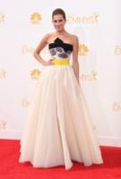 Allison Williams - Los Angeles - 25-08-2014 - Emmy Awards 2014: la kermesse regala un red carpet extra lusso