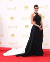 Lizzy Caplan - Los Angeles - 25-08-2014 - Emmy Awards 2014: la kermesse regala un red carpet extra lusso
