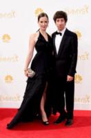 Jocelyn Towne, Simon Helberg - Los Angeles - 25-08-2014 - Emmy Awards 2014: la kermesse regala un red carpet extra lusso