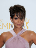 Halle Berry - Los Angeles - 25-08-2014 - Emmy Awards 2014: l'oro della tv Usa arriva dal cinema
