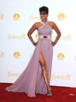 Halle Berry - Los Angeles - 25-08-2014 - Emmy Awards 2014:lo strascico, il classico che non tradisce mai