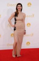 Alexandra Daddario - Los Angeles - 25-08-2014 - Per essere chic, basta un velo di cipria… indosso!