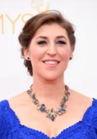 Mayim Bialik - Los Angeles - 25-08-2014 - Emmy Awards 2014: la kermesse regala un red carpet extra lusso