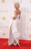 Julianne Hough - Los Angeles - 25-08-2014 - Vade retro abito: A ognuna il suo scollo!