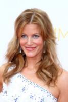 Anna Gunn - Los Angeles - 25-08-2014 - Emmy Awards 2014: la kermesse regala un red carpet extra lusso