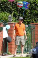 Bryan Cranston - Los Angeles - 26-08-2014 - Bryan Cranston trova una gradita sorpresa ad attenderlo