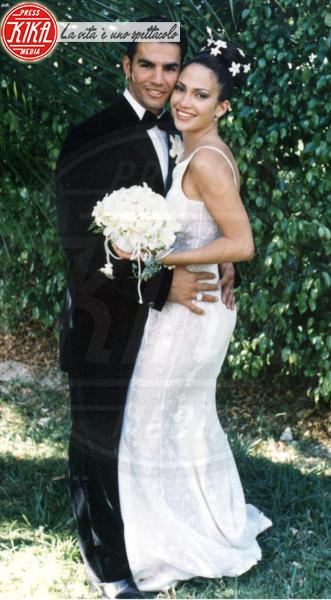 Ojani Noa, Jennifer Lopez - Los Angeles - 10-11-2009 - Amal e George: Hello! e People svelano l'abito della sposa