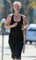 Claire Danes - Los Angeles - 26-08-2014 - Star come noi: quando i vip vanno di corsa