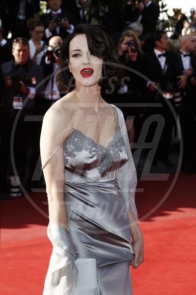 Asia Argento - Cannes - 26-05-2013 - Doutzen Kroes, da angelo a diavolo per colpa del trucco