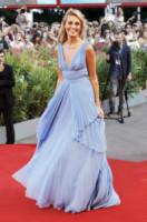 Sveva Alviti - Venezia - 27-08-2014 - Festival di Venezia: nel blu dipinto di blu sul tappeto rosso