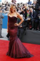 Barbara D'Urso - Venezia - 27-08-2014 - Le celebrity? Tutte pazze per il bordeaux…