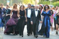 Barbara D'Urso, Alessandro Sallusti, Daniela Santanchè, Isabella Ferrari - Venezia - 27-08-2014 - Festival di Venezia: nel blu dipinto di blu sul tappeto rosso