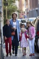 Principessa Elisabetta del Belgio, Principessa Eleonore, Mathilde  del Belgio, Principe Gabriel - Bruxelles - 01-09-2014 - Star come noi: quando la school run è