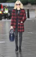 Fearne Cotton - Londra - 10-02-2014 - Il must dell'autunno? Sua Maestà il tartan!