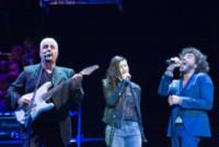 Pino Daniele, Francesco Renga, Elisa - Verona - 01-09-2014 - Verona: Pino Daniele ripropone con gli amici Nero a metà