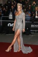 Rita Ora - Londra - 02-09-2014 - Rita Ora l'Atomica: anche ai Grammy, lo spacco è la sua firma!