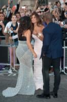 Nicole Scherzinger, Kim Kardashian, Kanye West - Londra - 02-09-2014 - Vade retro abito! Le curve pericolose di Kim Kardashian