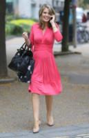 Charlotte Hawkins - Londra - 03-09-2014 - La rivincita delle bionde in rosa shocking: le vip sono Barbie!