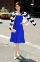 Jiang Mengjie - New York - 04-09-2014 - Accendi l'autunno con il blu elettrico!