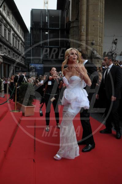 Michelle Hunziker - Firenze - 07-09-2014 - Il pancione è sempre più sexy sul red carpet!