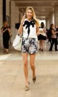 Jessica Hart - New York - 08-09-2014 - È arrivato il caldo: gambe al fresco con gli shorts!