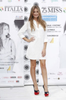 Giulia Arena - Milano - 09-09-2014 - In primavera ed estate, le celebrity vanno in bianco!