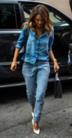 Jessica Alba - New York - 09-09-2014 - Il migliore abbinamento per il jeans? Altro jeans