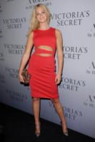 Erin Heatherton - Manhattan - 11-09-2014 - Natale 2014: ritorna il rosso, di sera e anche di giorno