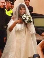 Elisabetta Canalis - Alghero - 14-09-2014 - Amal e George: Hello! e People svelano l'abito della sposa