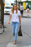Jessica Hart - New York - 13-09-2014 - Il jeans, capo passepartout, è il must dell'autunno