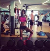 Elisabetta Gregoraci - L'estate sta finendo...tempo di rimettersi in forma!