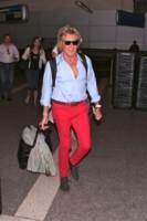 Rod Stewart, Penny Lancaster - Los Angeles - 16-09-2014 - Dalle vacanze riportano una valigia carica carica di...