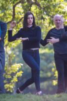 Anne Hathaway - New York - 18-09-2014 - Il jeans, capo passepartout, è il must dell'autunno