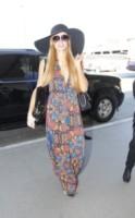 Paris Hilton - Los Angeles - 18-09-2014 - Ogni giorno una passerella: il ritorno di sua maestà il jeans