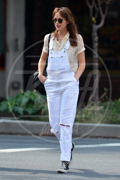Dakota Johnson - New York - 18-09-2014 - Ogni giorno una passerella: il ritorno di sua maestà il jeans