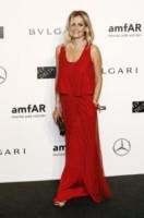 Isabella Ferrari - Milano - 20-09-2014 - Natale 2014: ritorna il rosso, di sera e anche di giorno