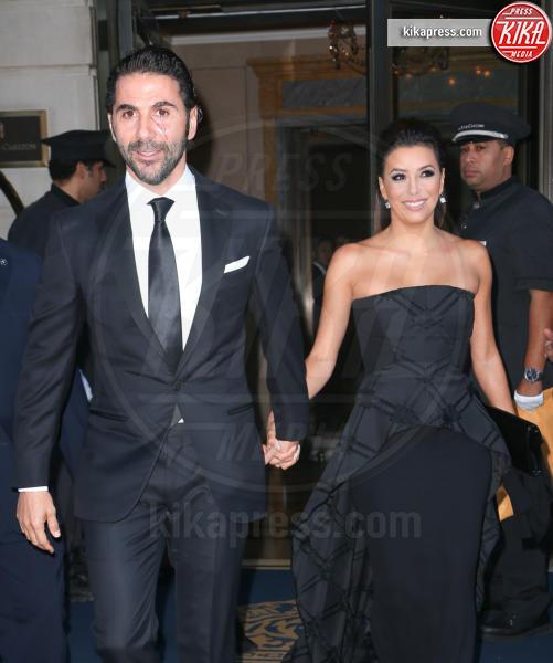 José Antonio Baston, Eva Longoria - New York - 23-09-2014 - Eva Longoria ha sposato Josè Antonio Baston