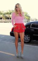 Kesha - Los Angeles - 23-09-2014 - È arrivato il caldo: gambe al fresco con gli shorts!