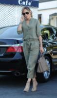 Jennifer Lopez - Los Angeles - 25-09-2014 - Con le celebs anche la tuta diventa fashion!