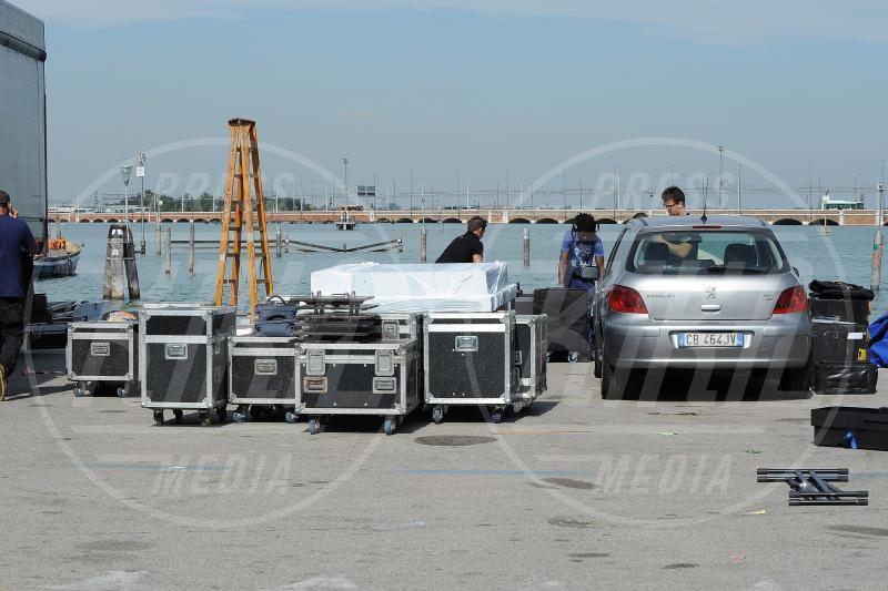 Amal Alamuddin, George Clooney - Venezia - 26-09-2014 - George Clooney e Amal in laguna: che la festa abbia inizio!